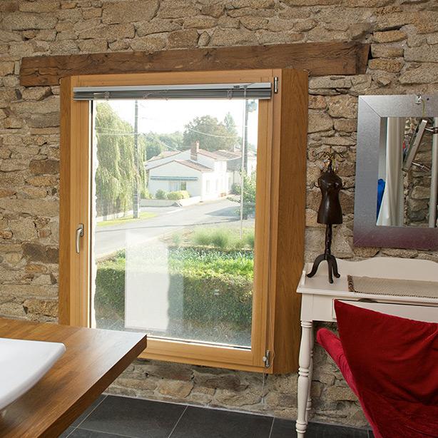 Du bois normal ou du bois traité pour composer ses fenêtres ?