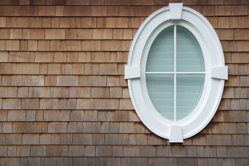Fenêtre ovale : installation facile ou complexe ?